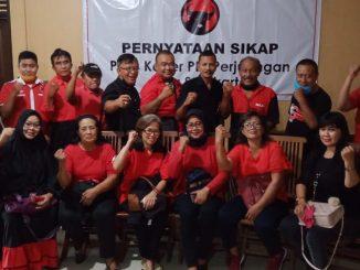 Para KAder dan Pengurus PDIP Solo Slesai Pernyataan SIkap