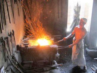 Proses Pembakaran dan Pembentukan Bilah Keris Cahyo Buwana